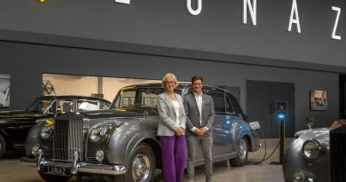 MP visits UK classic car EV company Lunaz